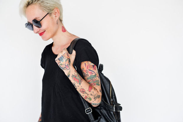 Tattoos en permanente make-up: opgelet voor late allergische reacties