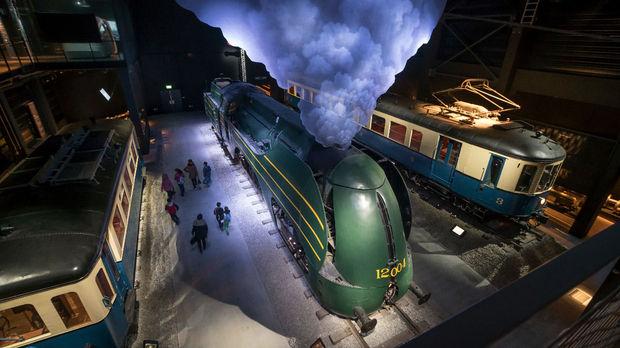 Vier mee met Train World