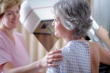 Steeds meer vijftigplussers laten zich screenen tegen kanker