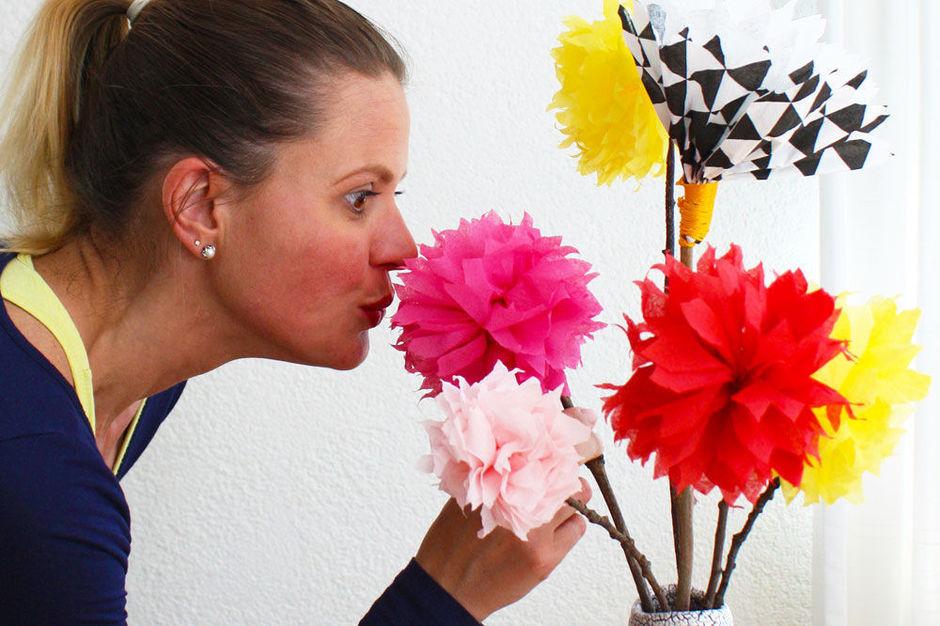 Hedendaags DIY: Maak een kleurig servet-boeket - Vrije tijd - Plusmagazine WM-79