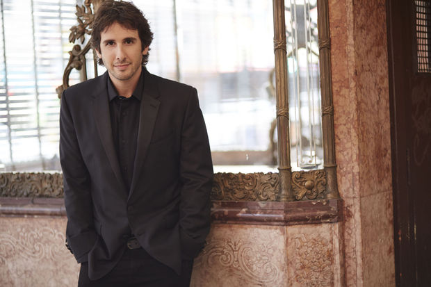 Win een album 'Stages' van Josh Groban
